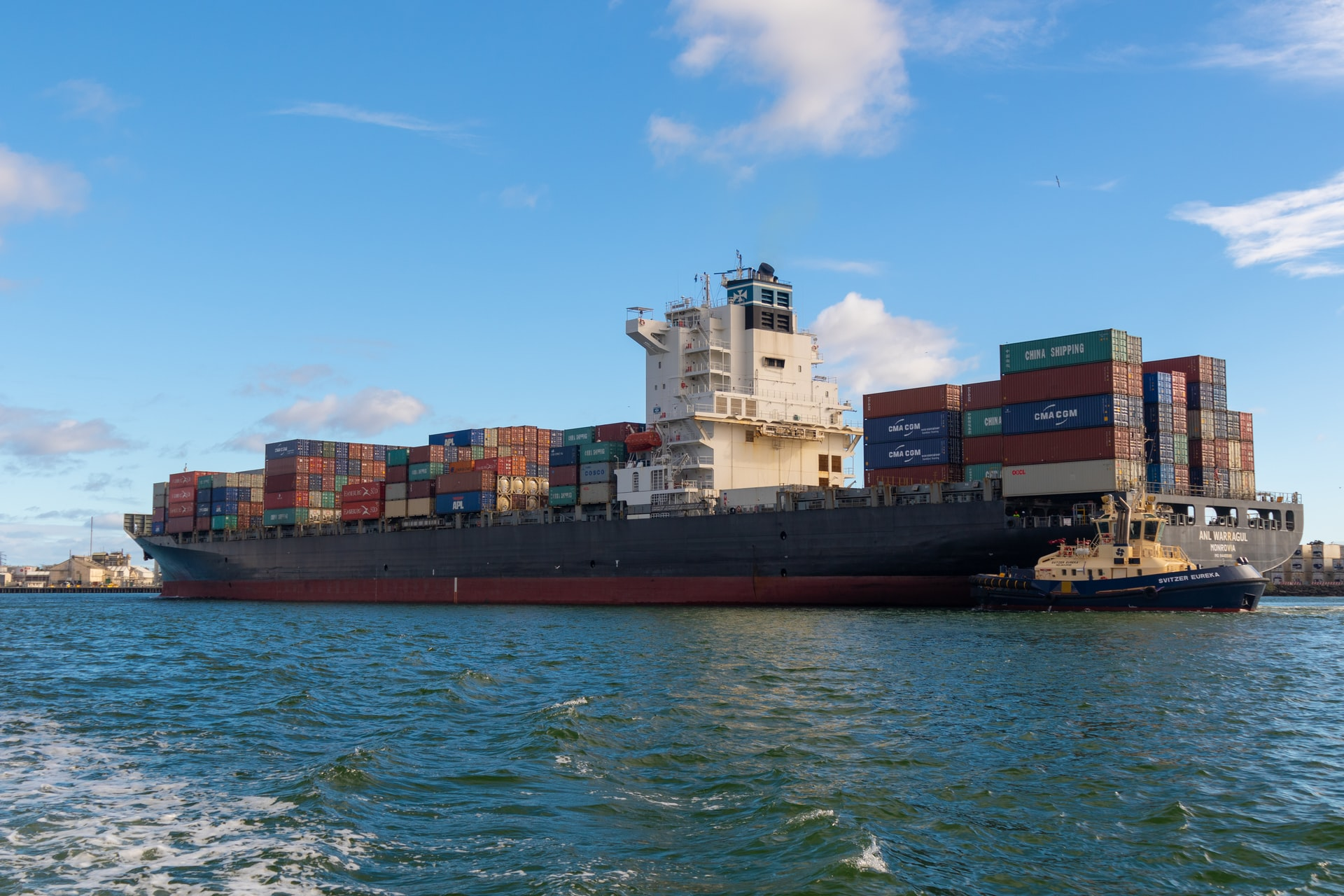 These companies are challenging traditional freight forwarders