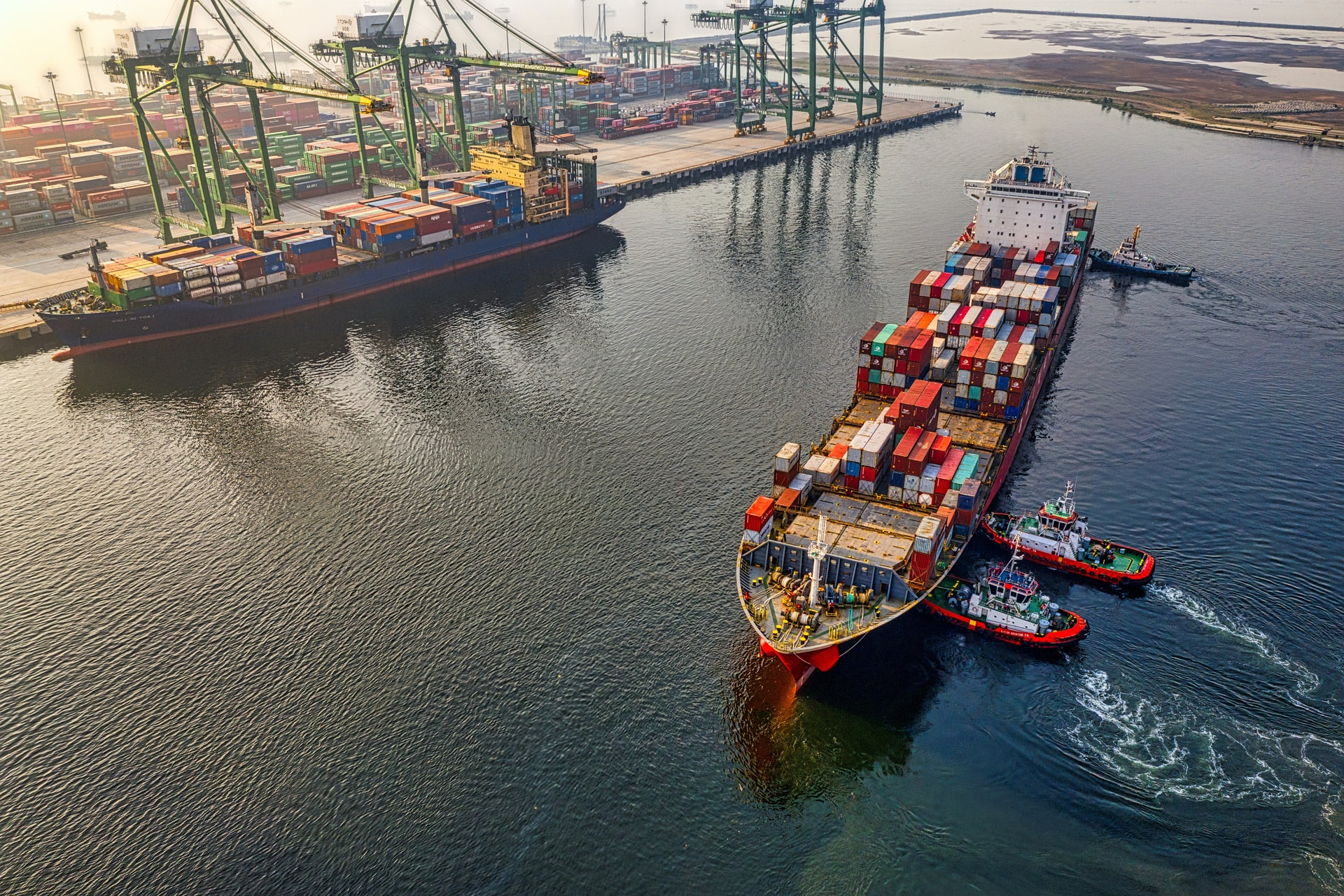 How can freight forwarders reduce their costs